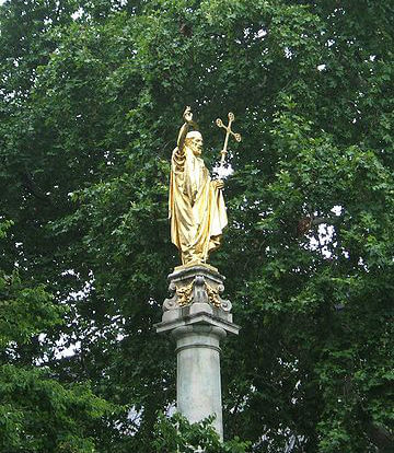 Statue de Saint Paul