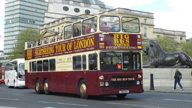 Bus Touristique Trafalgar Square