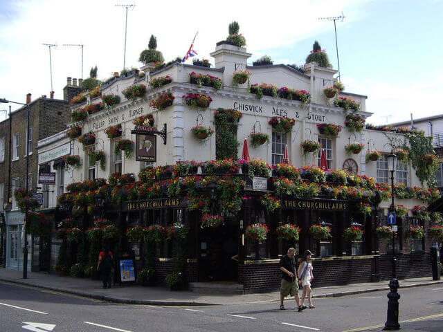 The Churchill Arms Londres