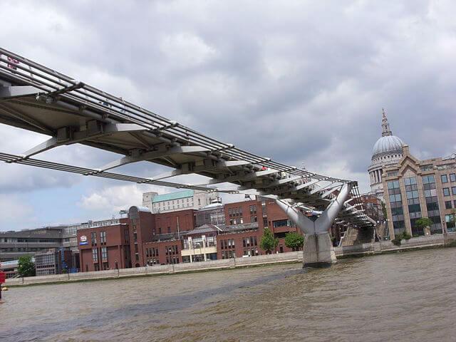 Millennium Bridge Croisiere