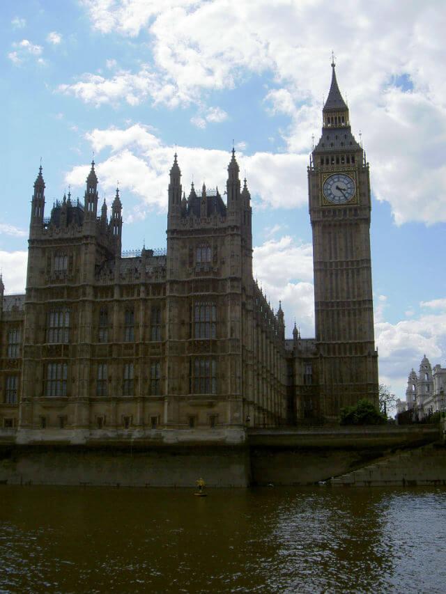 Big Ben depuis la tamise